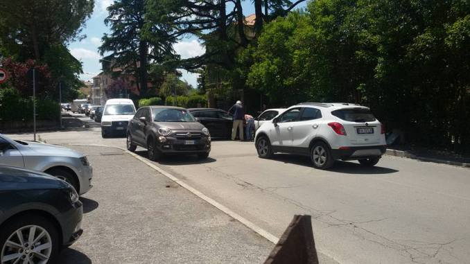 Incidente in via Firenze a Bastia, residenti, è accaduto ciò che temevamo