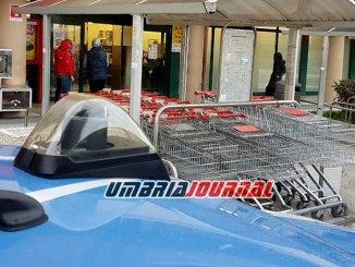 Chiedeva elemosina davanti ai supermercati, fermato straniero a Bastia