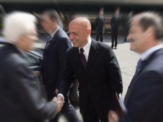 Marco Minniti 22 maggio a Bastia Umbra, l'ex ministro a sostegno di Raspa