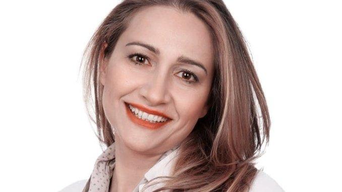 Ramona Furiani, la politica è questa...ed è bellissima