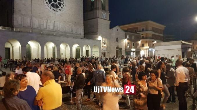 Festa in piazza a Bastia per il neo sindaco Paola Lungarotti