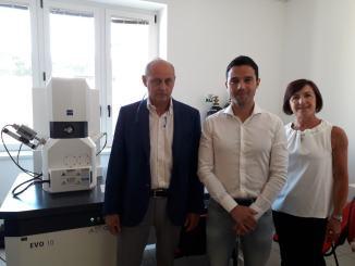 Amianto ora c'è un microscopio elettronico a scansione a Bastia