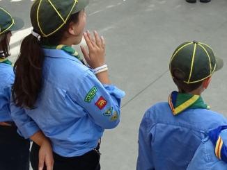 Un gruppo di giovani Scout Agesci di Palermo in piccole scene in musica