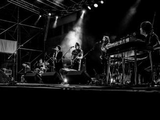 Sei fuoriclasse musica italiana rendono omaggio ai Beatles