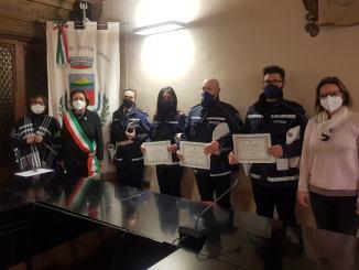 Attestati di Encomio Solenne all'Appuntato Ombretta Lucarelli e agli Agenti di Polizia Locale Nicola Cuppoloni e Marco Montanucci
