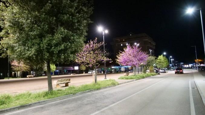 Terminato l'intervento sull'illuminazione in Piazza Don Luigi Toppetti