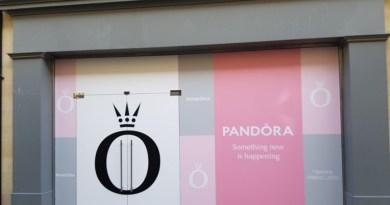Pandora teases new store