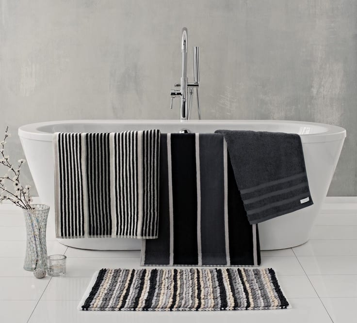 Black White Bathroom Accessories