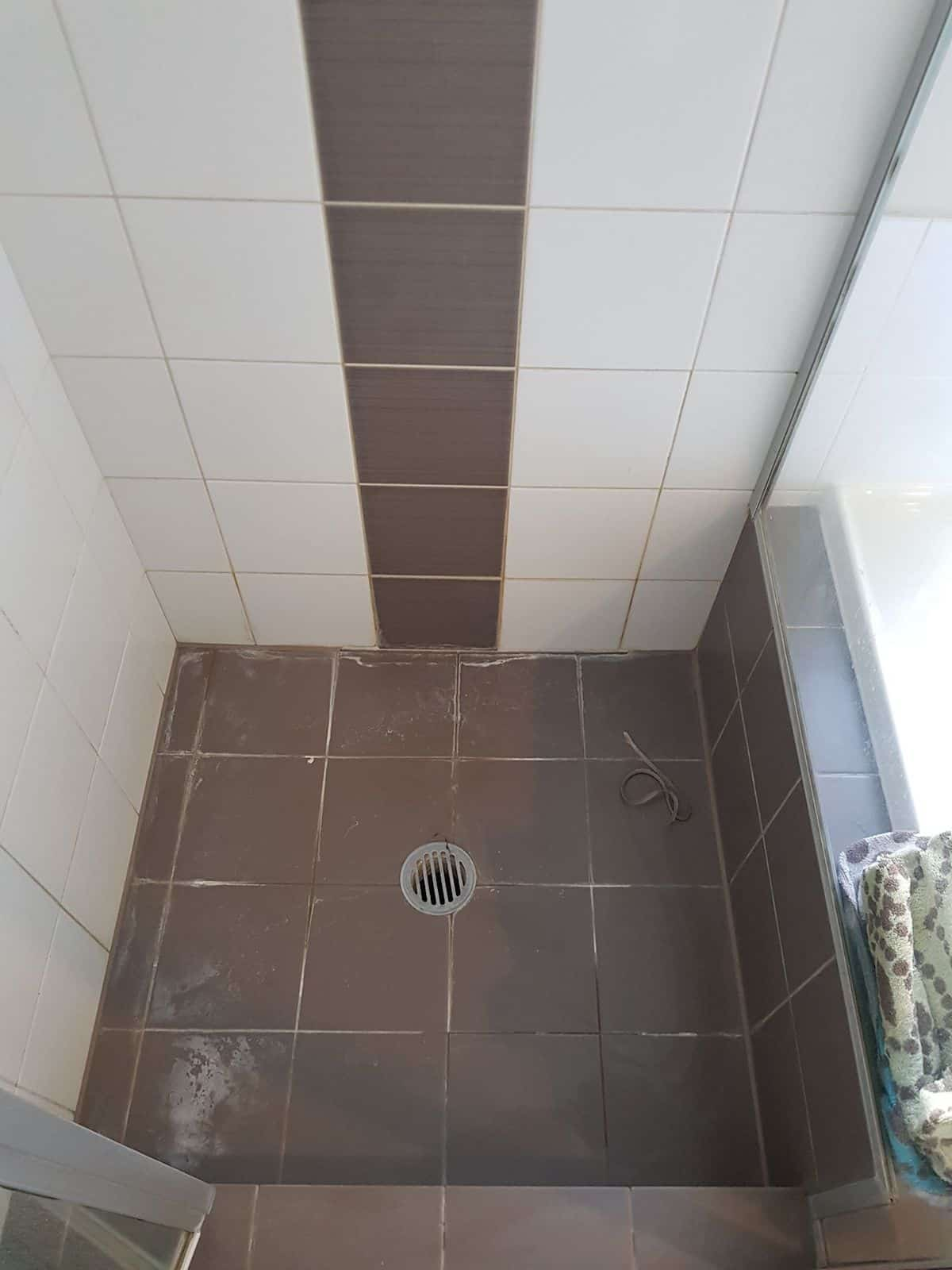 shower and tile re grouting the