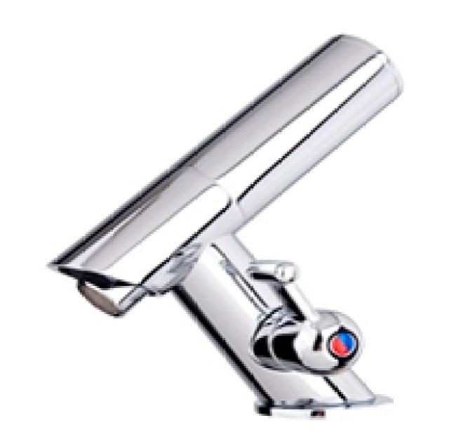 ADA mercial Sensor Faucets
