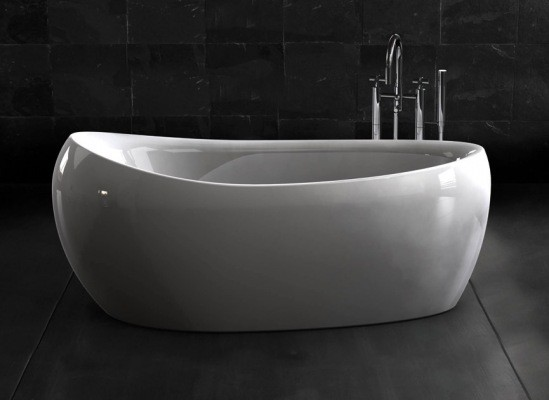 baignoire dans sa salle de bain oui