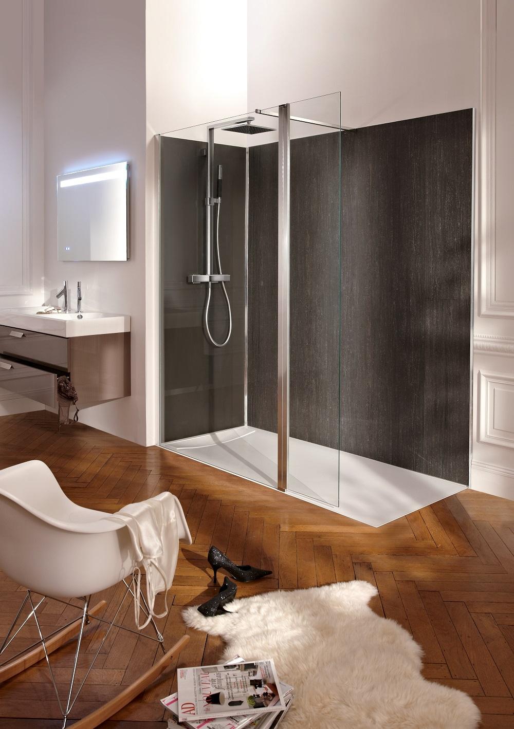 salle d eau et une salle de bain