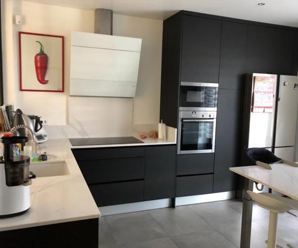 renovation-amenagement-cuisines-sur-mesure-77