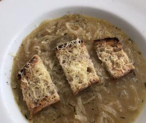 Cider onion soup