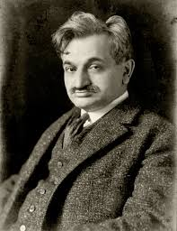 Dr Emanuel Lasker played at simul at Battersea in 1908