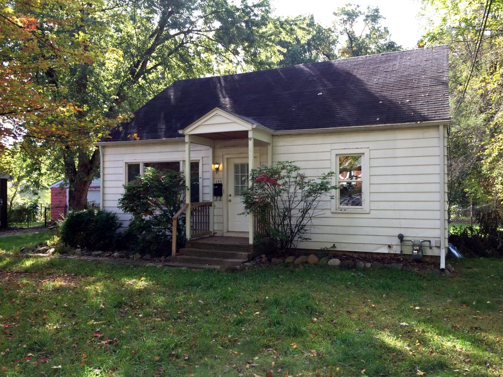 House For Rent In 135 Spaulding Ave W Battle Creek MI