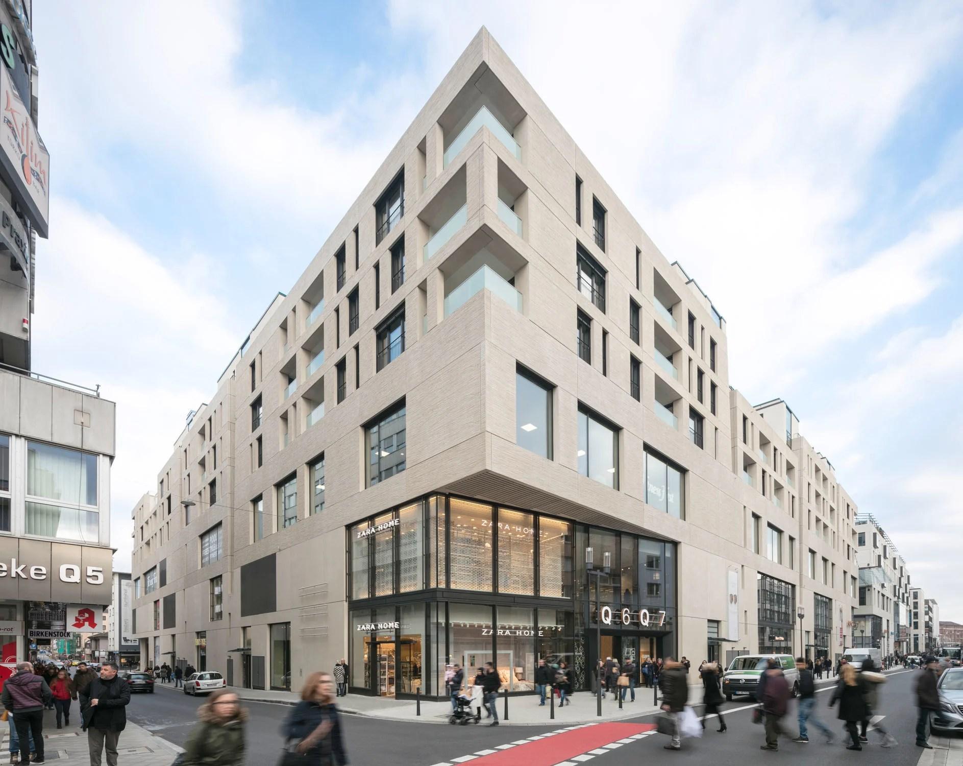 Stadtquartier Q6 Q7 In Mannheim Flachdach Wohnen Baunetz Wissen