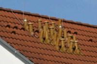 Viele Dachhauben auf einem kleinen Dach