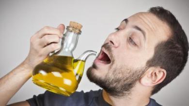 Photo of فوائد شرب زيت الزيتون لصحة الانسان