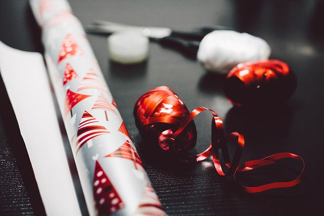 Gifts and benefits to staff at Christmas – What is taxable?