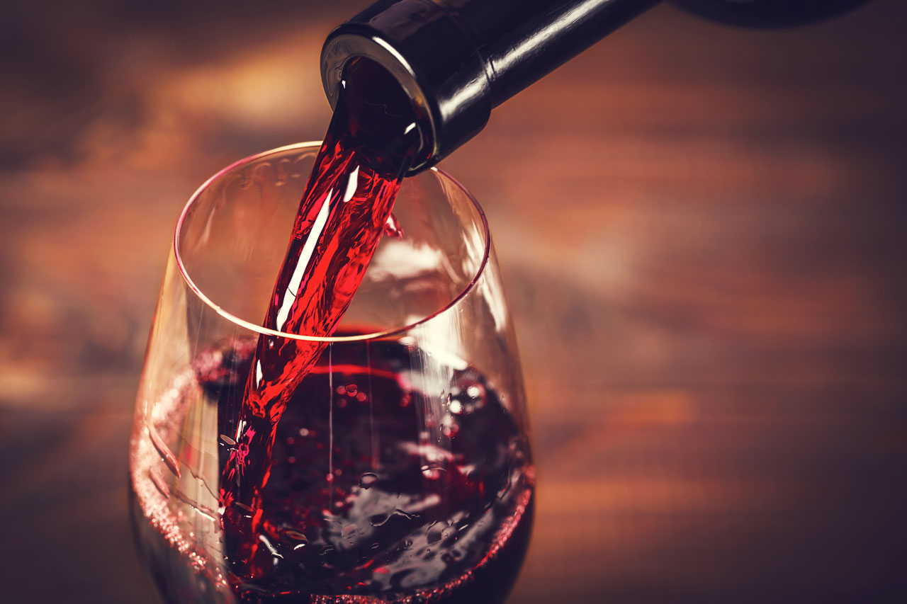 healthy alcoholic drinks, such as red wine
