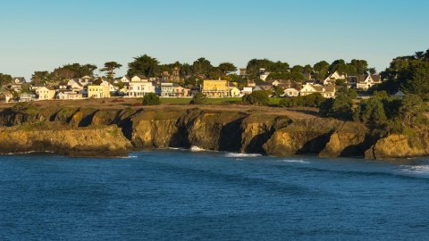 An Hour-By-Hour Guide to Downtown Mendocino