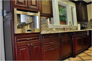 cherry_cabinets_traditional_cabrene_3