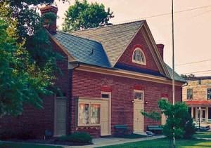 mathews-county-courthouse