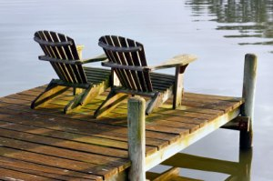 dock-two-chairs