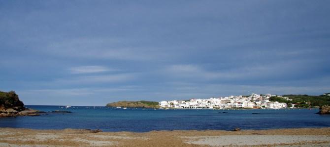 Weitere Reisetipps für Menorca: Platja des Grau, Monte Toro, Binibeca Vell und Bodegas Binifadet