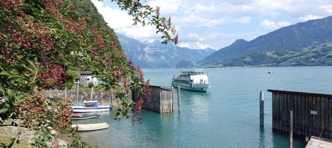 In der Schweiz unterwegs – Wanderung am Walensee von Weesen nach Quinten