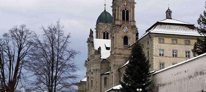 In der Schweiz unterwegs – Ein Kurzbesuch im Kloster Einsiedeln