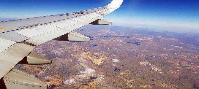 Bilder aus dem Flugzeugfenster – ab nach Peru