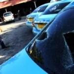 Auf Bali wurden Blue Bird Taxi´s beschädigt