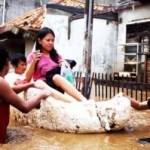 Süd Jakarta steht unter Wasser