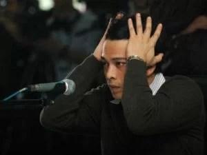 """Pop-Star verurteiltSex-VIdeos im Netz: """"Peterpan""""-Sänger muss ins GefängnisSeichte Filme, hartes Urteil: Entsetzt erfährt """"Ariel"""" vor Gericht, dass er die nächsten dreieinhalb Jahre ins Gefängnis muss Foto: AFP Fotoquelle: bild.de"""