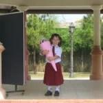 Sarah beim 1. Schultag