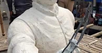 কুষ্টিয়ায় বঙ্গবন্ধুর ভাস্কর্যের পাশে ফাঁকা গুলি করে পালিয়েছে দুর্বৃত্তরা