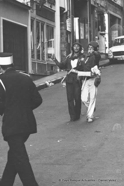 Fêtes 1971 rue Poissonnerie