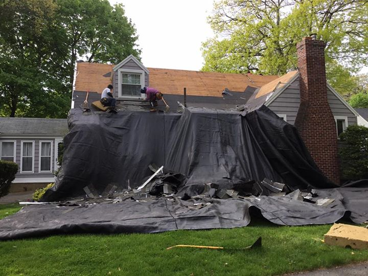 How to Avoid a Roofing Scam