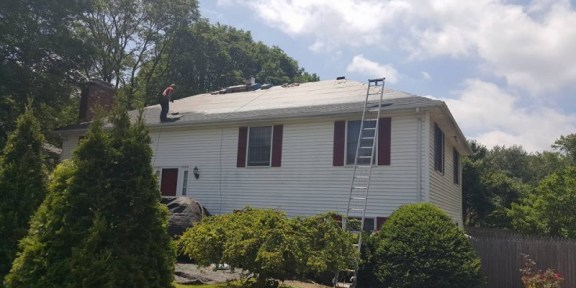 replacing residential roof in Canton MA