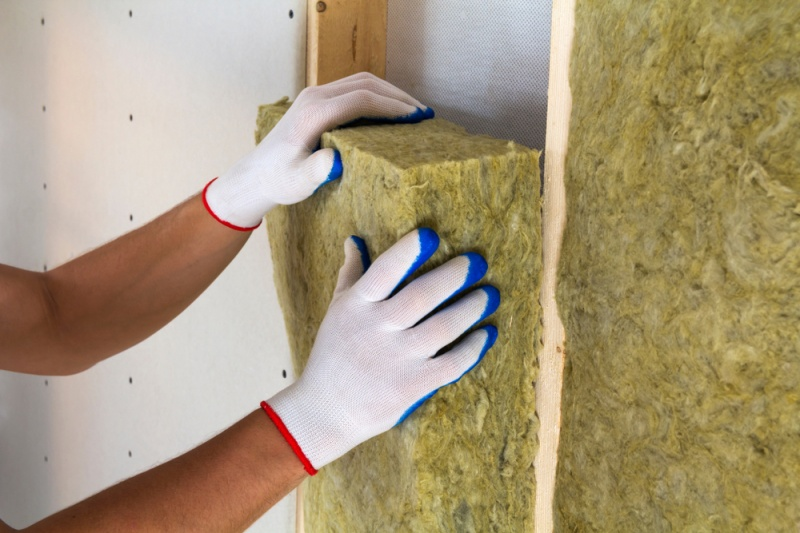 Why You Should Not Install Your Own Home Insulation