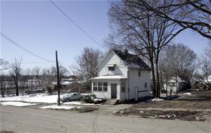 Median home price in Flint,  Mi. is dropping