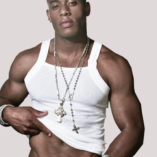 Eye Candy: Model LL Burrell
