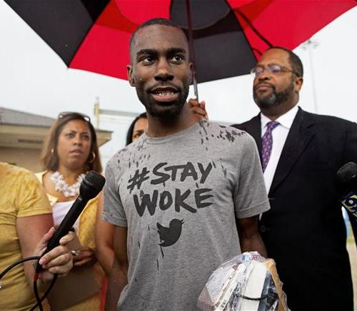 Black Rights activist Deray Mckesson freed from jail