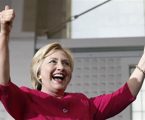 Federal judge orders Clinton to answer more email questions