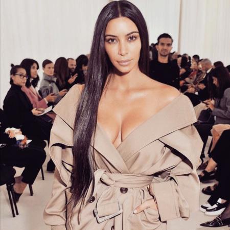 PHOTO: Kim Kardashian goes make up free at Paris a Fashion Week