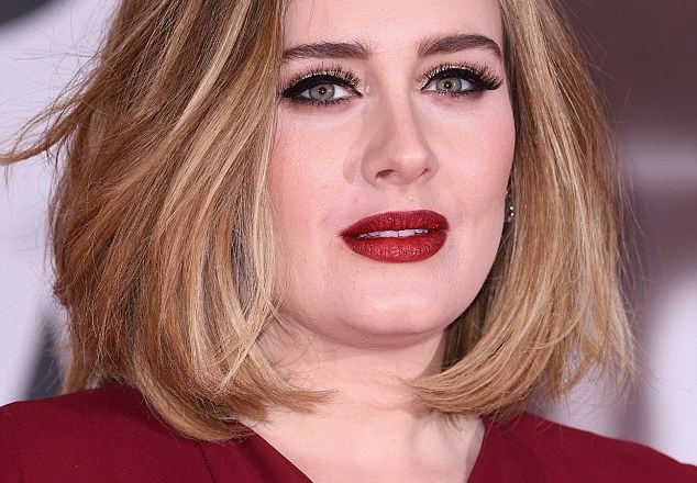 """Adele to marry """"In coming months"""": Reports"""