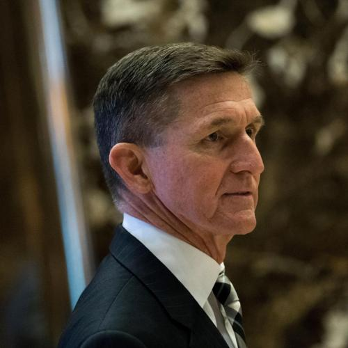 Michael Flynn investigated for sharing classified information