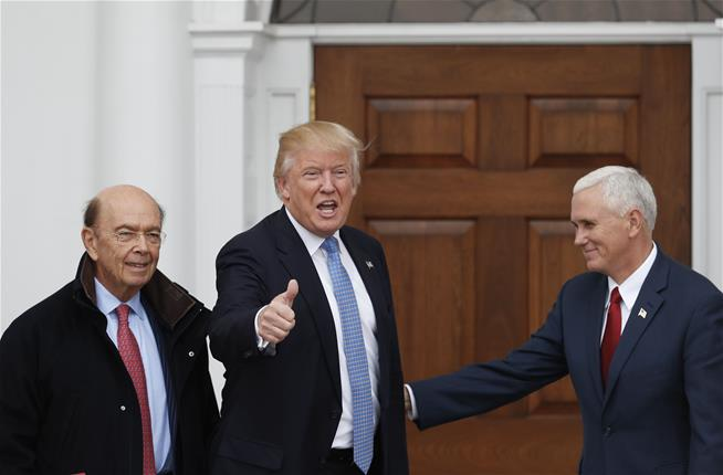 Donald Trump 's cabinet worth more than a 1/3 of all Americans